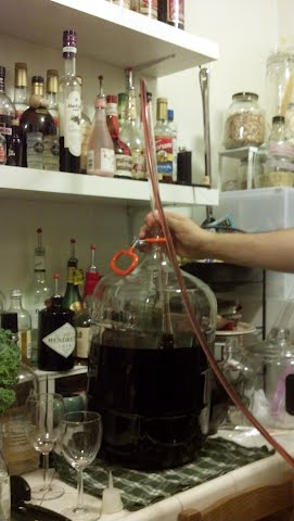 racking fig wine