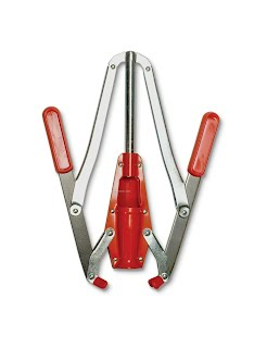 corking tool